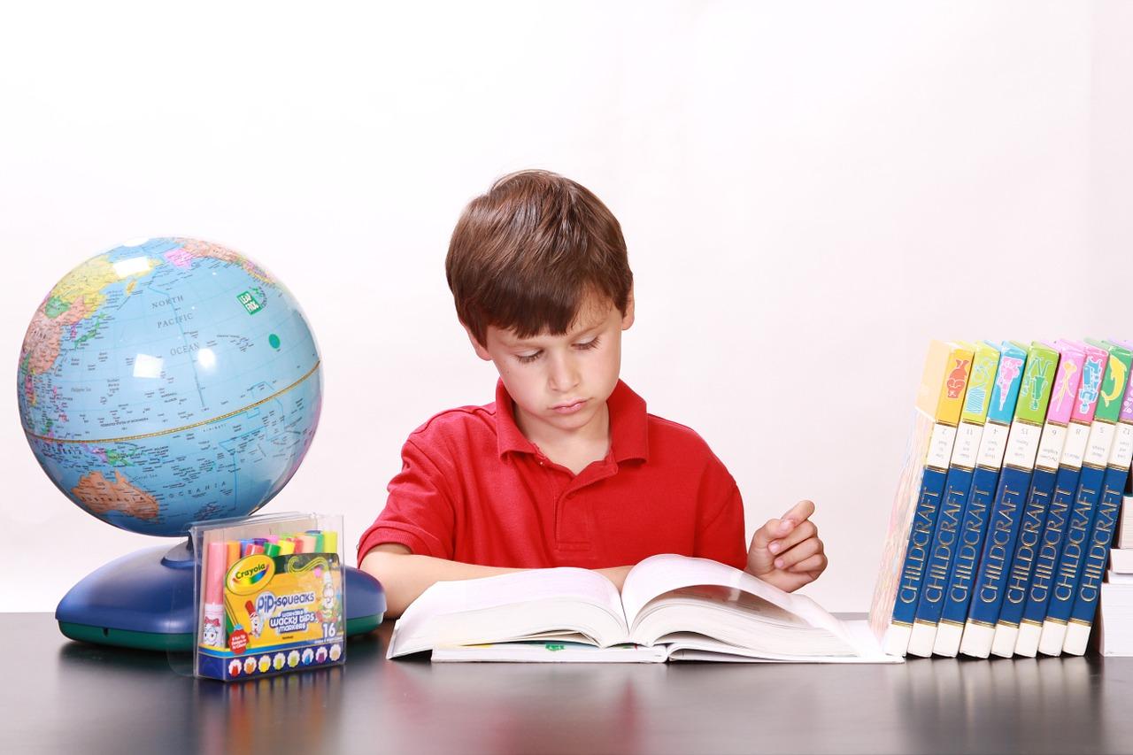 小学生の学年別英語勉強方法!自宅で英語の勉強何から始めるべきか