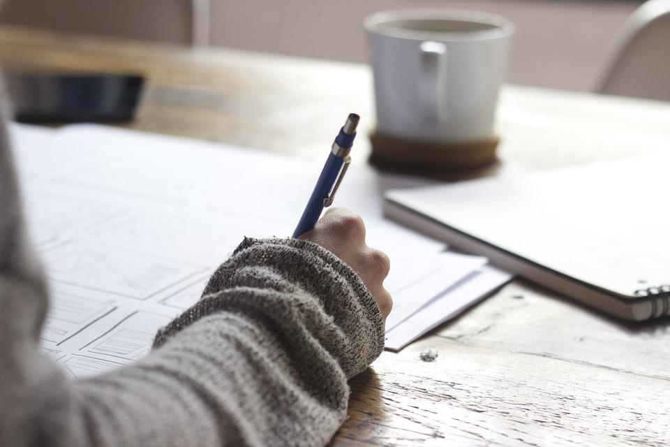TOEFLでスコアアップするコツ!解き方のコツからテストの受け方も紹介